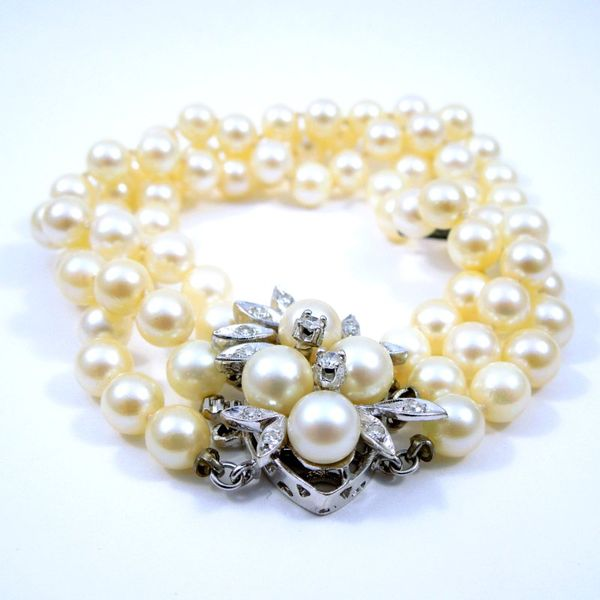 Three Strand Vintage Pearl Bracelet Image 2 Joint Venture Jewelry Cary, NC