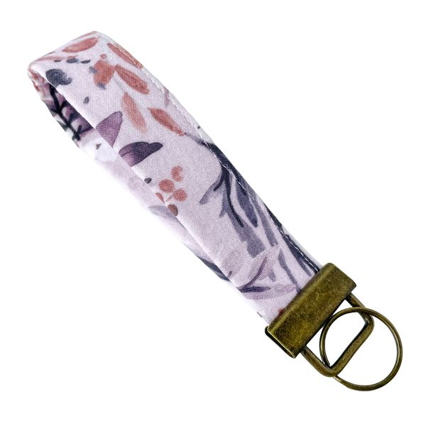 Fobskey Wristlet Key Ring in Soft Lilac Floral J. Schrecker Jewelry Hopkinsville, KY