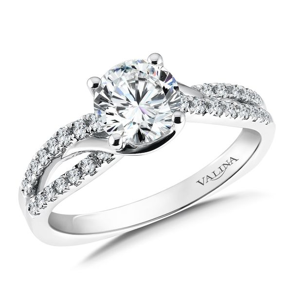 Diamond Engagement Ring J. Thomas Jewelers Rochester Hills, MI
