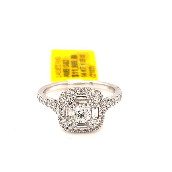 14K White Gold 1.00ct Diamond Ladies Ring CTR 0.25ct (Si1, H) with Emerald Cut Diamonds on Sides Kingsmark Jewelers Jacksonville, FL