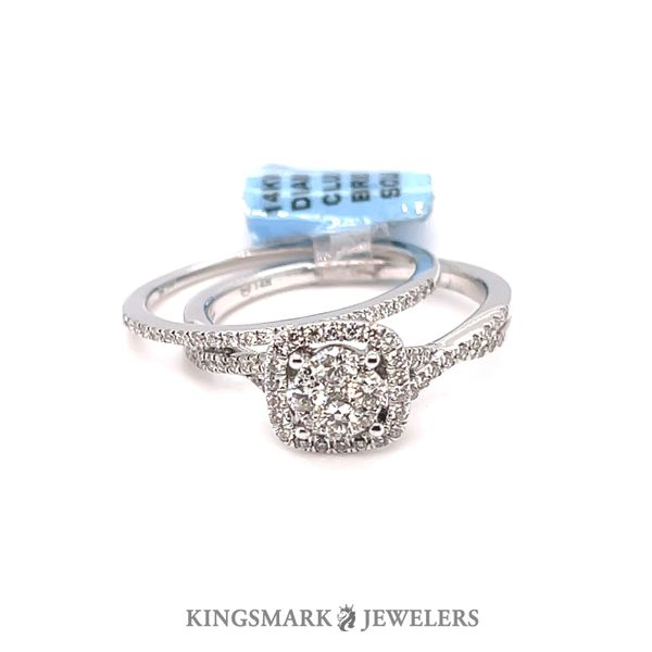 14K White Gold 0.55ct Diamond Round Cluster Head Bridal Set Kingsmark Jewelers Jacksonville, FL
