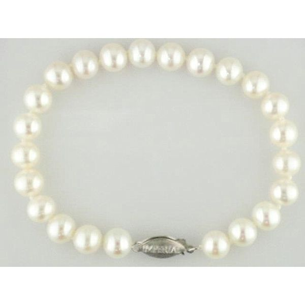 Imperial Pearls Bracelet Knowles Jewelry of Minot Minot, ND