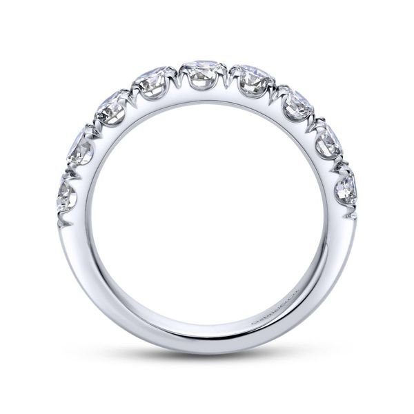 Lady's 14K White Gold Round Diamond Wedding Band Image 3  ,