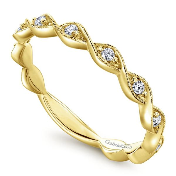 Lady's 14K Yellow Gold Entwined Wedding band. Image 2  ,