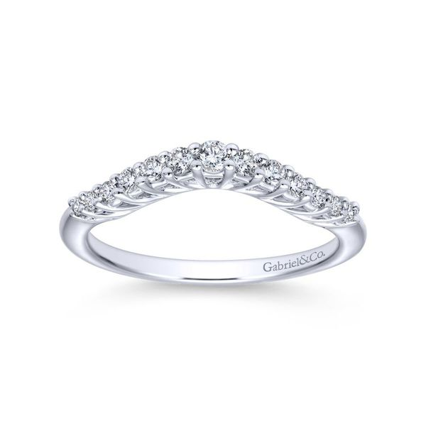 14K White Gold Curved Shared Prong Set Band Image 4 Koerber's Fine Jewelry, Inc. New Albany, IN