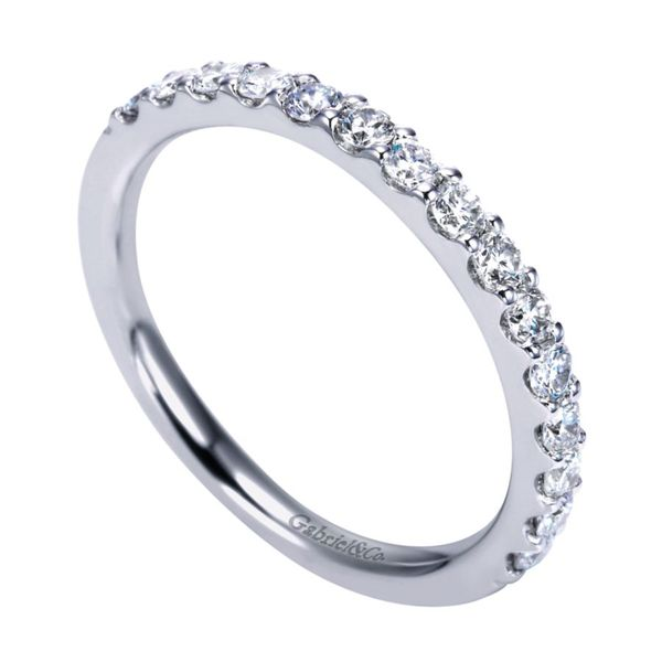 14K White Gold Shared Prong Diamond Band Image 2 Koerber's Fine Jewelry, Inc. New Albany, IN