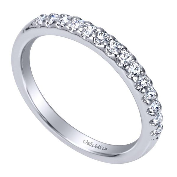 14K White Gold Shared Prong Straight Diamond Wedding Band Image 3 Koerber's Fine Jewelry, Inc. New Albany, IN