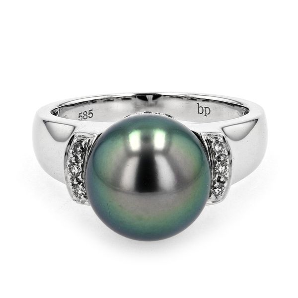 0.11ct Diamond and Black Tahitian Pearl Ring set in 14kt White Gold La Mine d Or Moncton, NB