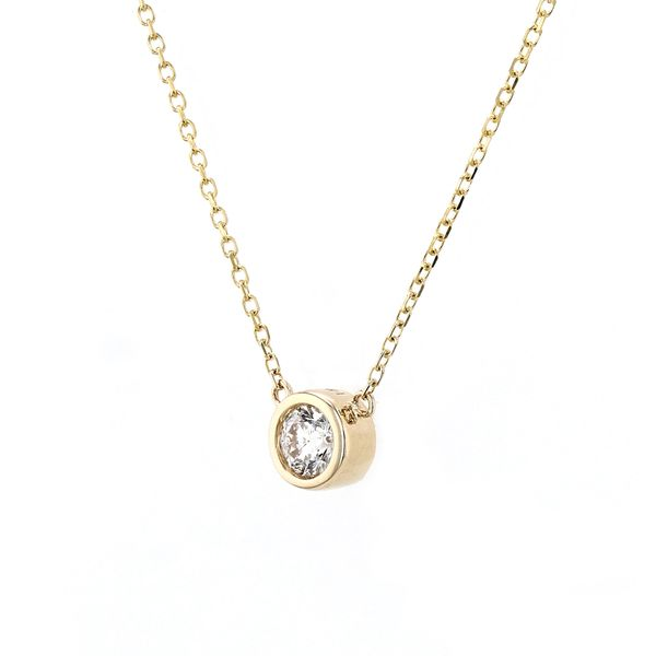 0.21ct Diamond Solitaire Necklace in 14kt Yellow Gold Image 2 La Mine d'Or Moncton, NB