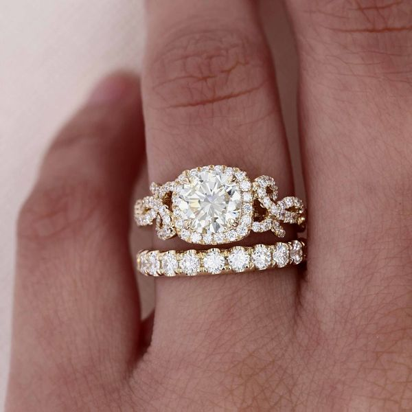 1.88tw Prive Round Brilliant Diamond Engagement Ring Image 5 La Mine d'Or Moncton, NB