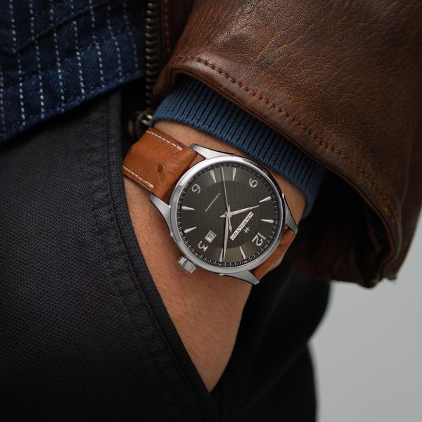 Hamilton Stainless JazzMaster Viewmatic Automatic with Black Dial and Tan Strap Image 5 La Mine d Or Moncton, NB