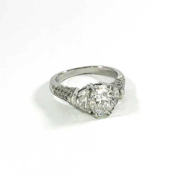 1.52ct Oval Diamond Engagement Ring - D Color and SI2 Clarity Image 2  ,