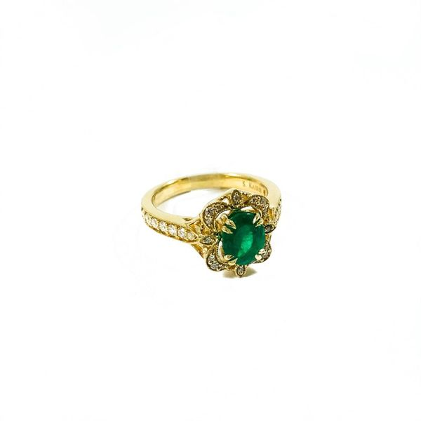 S. Kashi and Sons Emerald and Diamond Ring - H Color SI1 Clarity - Yellow Gold Image 2 Lumina Gem Wilmington, NC