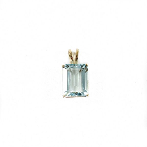 Aquamarine and Yellow Gold Pendant Lumina Gem Wilmington, NC