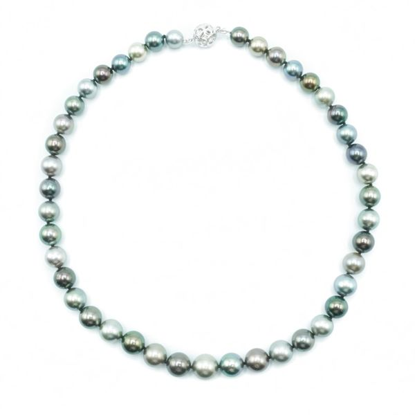 8-11mm Tahitian Pearl Strand - White Gold - 17