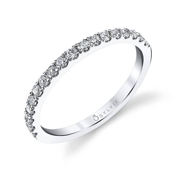 EMELINE – OVAL ENGAGEMENT RING WITH HALO Image 3  ,