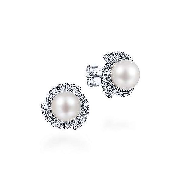 Pearl Earrings Mees Jewelry Chillicothe, OH