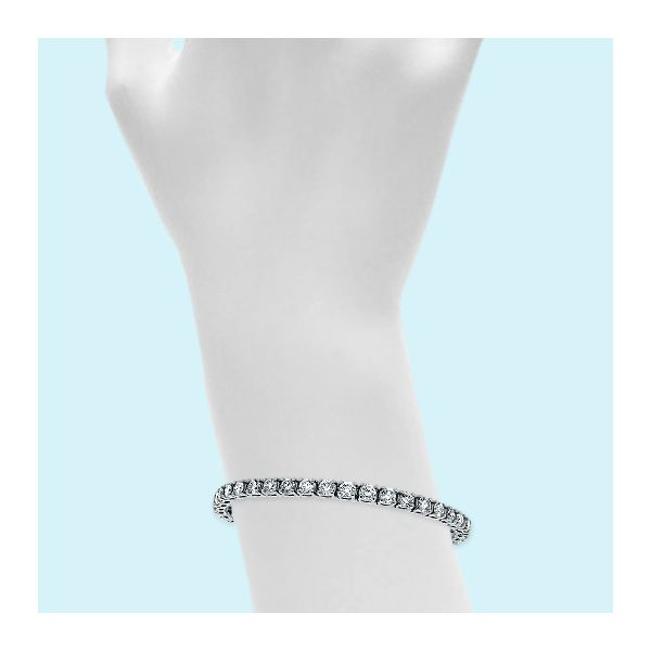14.40 Carat Diamond Tennis Bracelet Image 2 Mollys Jewelers Brooklyn, NY