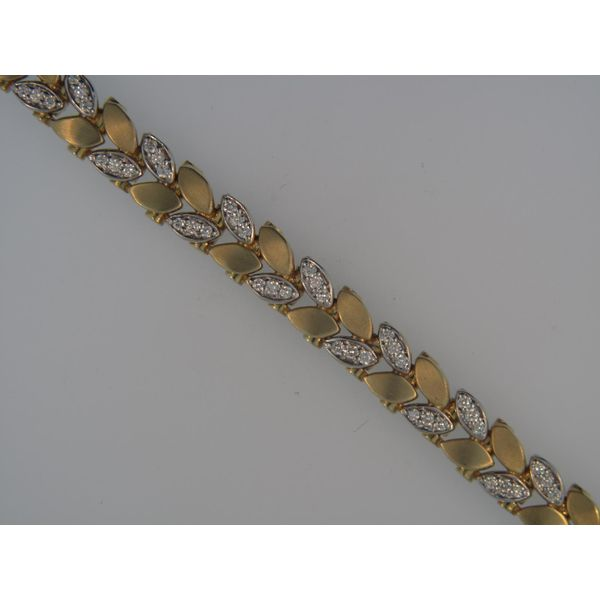 Lady's 14K Yellow Gold Bracelet With 96 Diamonds Orin Jewelers Northville, MI