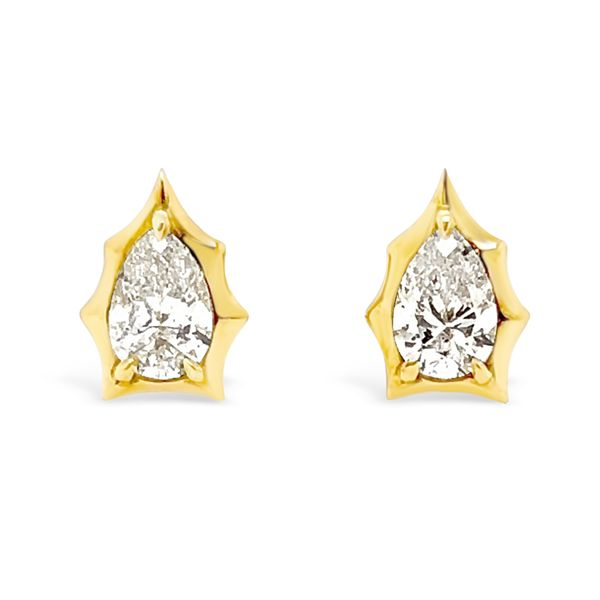 Ladies' 18K Yellow Gold Forevermark Diamond Envoy Stud Earrings Padis Jewelry San Francisco, CA