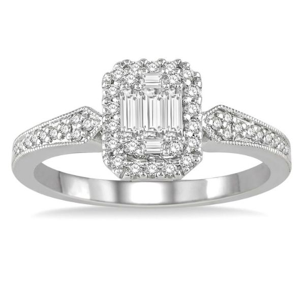 Engagement Ring Peter & Co. Jewelers Avon Lake, OH