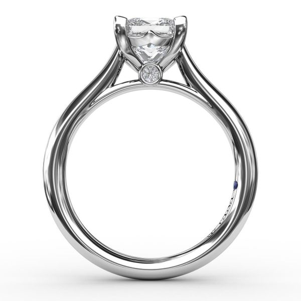 Princess Solitaire Engagement Ring Setting Image 2 Peter & Co. Jewelers Avon Lake, OH
