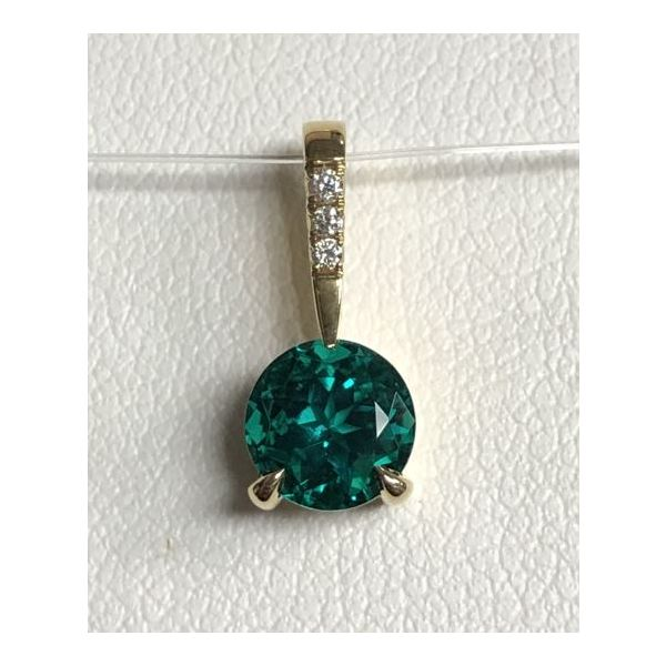 14KY 6mm .75ct Round Emerald Pendant w/ .02ct of lab-grown diamonds Gram Weight: 1.0gr Pineforest Jewelry, Inc. Houston, TX