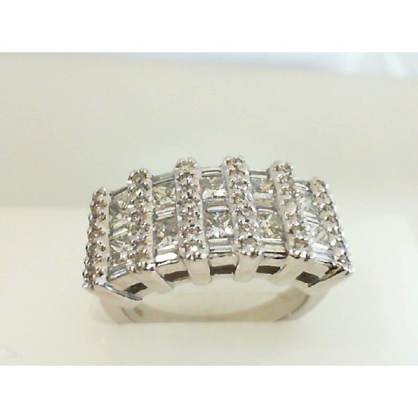 Ladies Diamond Ring Image 3 P.J. Rossi Jewelers Lauderdale-By-The-Sea, FL