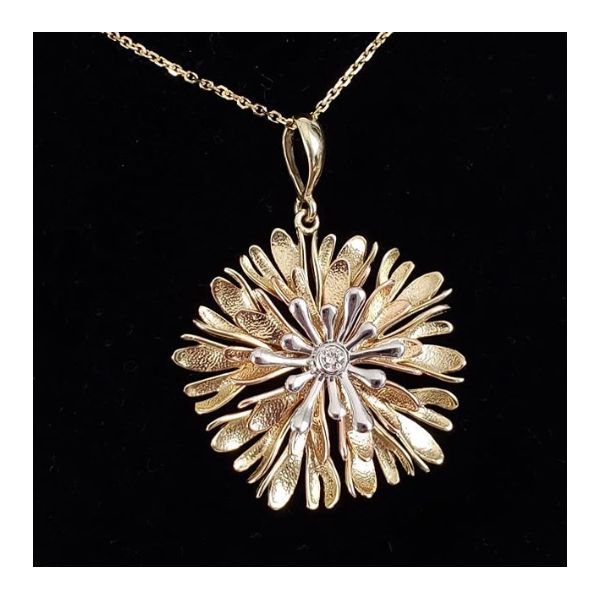 14K Tricolor Textured Flower With Diamond Center Pendant Image 5 Quality Gem, LLC Bethel, CT