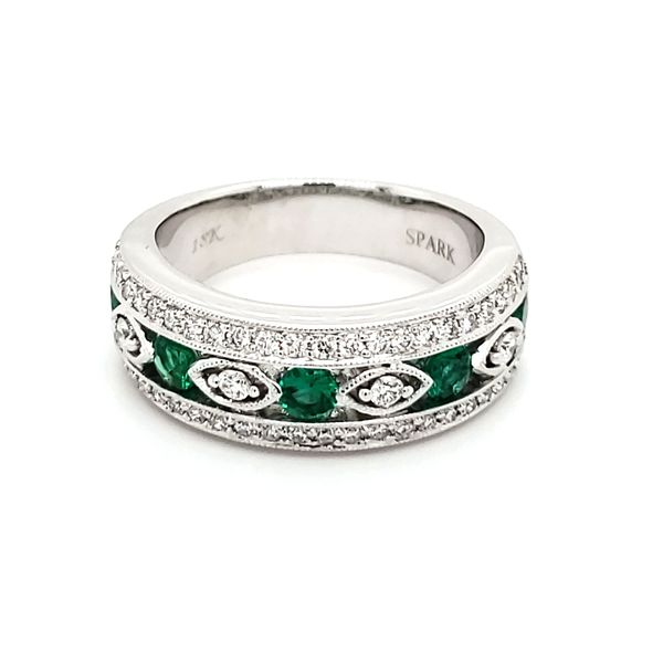 18K White Gold Emerald & Diamond Band Image 3 Quality Gem, LLC Bethel, CT