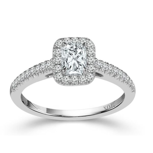 14k White Gold 0.75ctw Diamond Halo Engagement Ring With 0.50ctw Radiant Cut Diamond Center Robert Irwin Jewelers Memphis, TN
