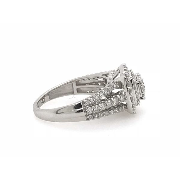 10k White Gold 1.00ctw Diamond Double Halo Cluster Engagement Ring Image 2 Robert Irwin Jewelers Memphis, TN