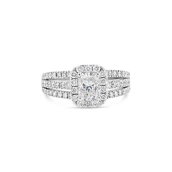 14k White Gold 1.37ctw Diamond Engagement Ring With .75ctw Radiant Center Robert Irwin Jewelers Memphis, TN