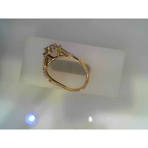 10k Yellow Gold 0.50ctw Diamond Oval Halo Cluster Engagement Ring Robert Irwin Jewelers Memphis, TN