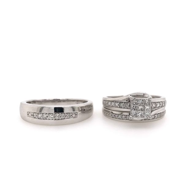 10k White Gold 0.63ctw Diamond Princess Cut Trio Bridal Set Robert Irwin Jewelers Memphis, TN