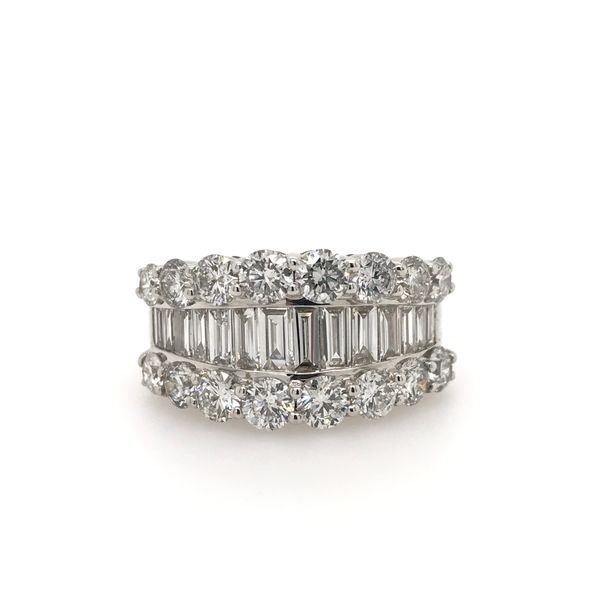 14k White Gold 3.15ctw Round and Baguette Diamond Fashion Band Robert Irwin Jewelers Memphis, TN