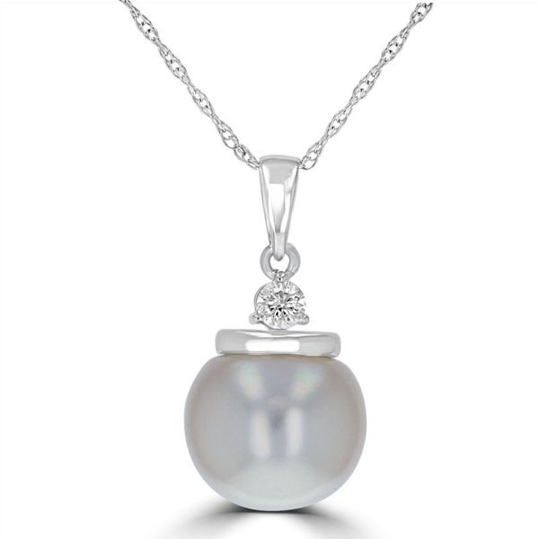 14k White Gold Fresh Water Pearl Pendant with a Diamond Rolland's Jewelers Libertyville, IL