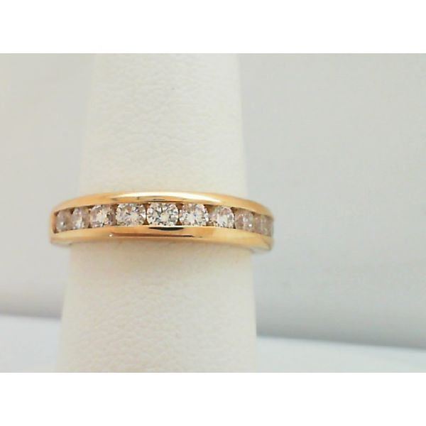 14KT. YELLOW GOLD 3/4CTDW 12 ROUND DIAMOND CHANNEL SET WEDDING RING SIZE 7 Sanders Diamond Jewelers Pasadena, MD