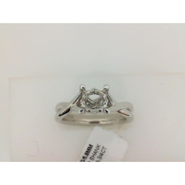 14kt White Gold Twisred Shank Solitaire Sanders Diamond Jewelers Pasadena, MD
