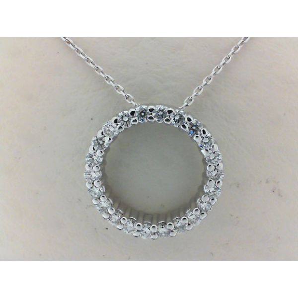 14kt White Gold 0.50ctdw Round Diamond Circle Pendant Sanders Diamond Jewelers Pasadena, MD