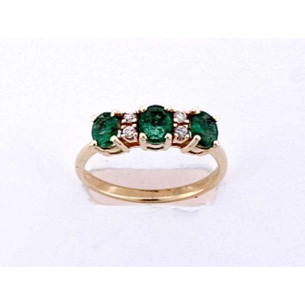 14kt Yellow Gold Oval Emerald and Round Diamond Ring Sanders Diamond Jewelers Pasadena, MD