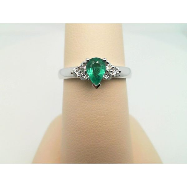 14KT WHITE GOLD PEAR EMERALD AND ROUND DIAMOND RING Sanders Diamond Jewelers Pasadena, MD