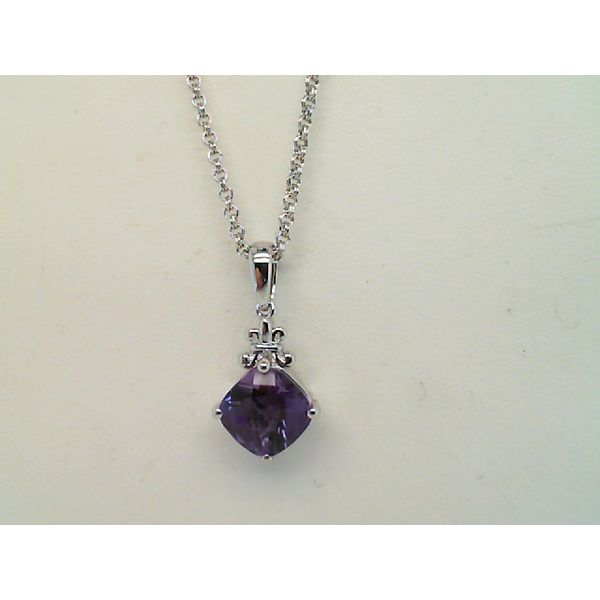 STERLING SILVER FACETED CUSHION CUT AMETHYST PENDANT ON 18