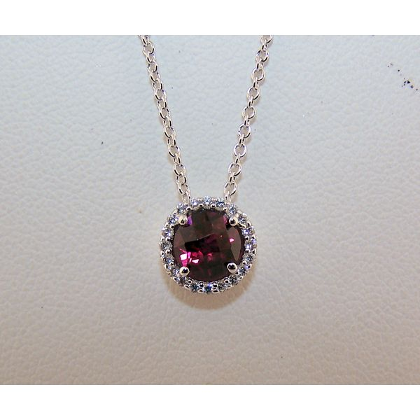 Necklace Nick T. Arnold Jewelers Owensboro, KY