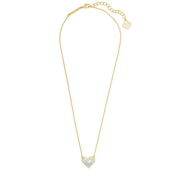 Kendra Scott Ari Gold Heart Short Necklace Image 2 SVS Fine Jewelry Oceanside, NY