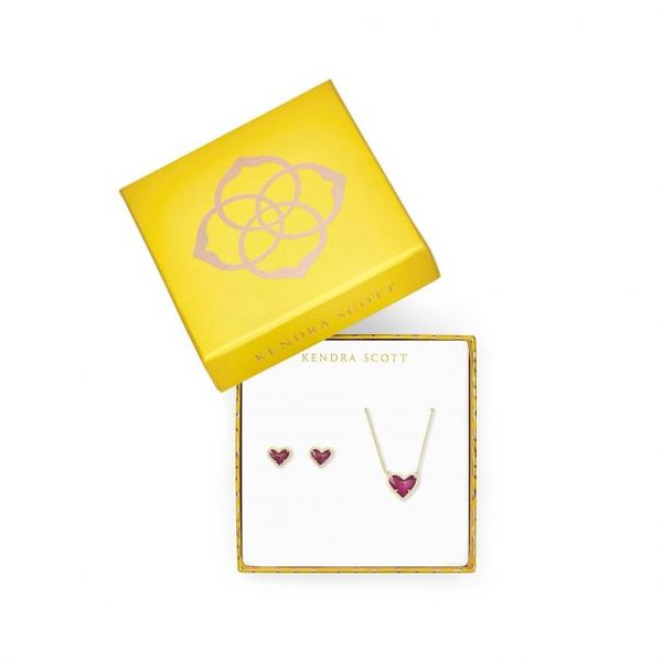 Kendra Scott Gold Ari Necklace and Earrings Gift Set Image 2 SVS Fine Jewelry Oceanside, NY