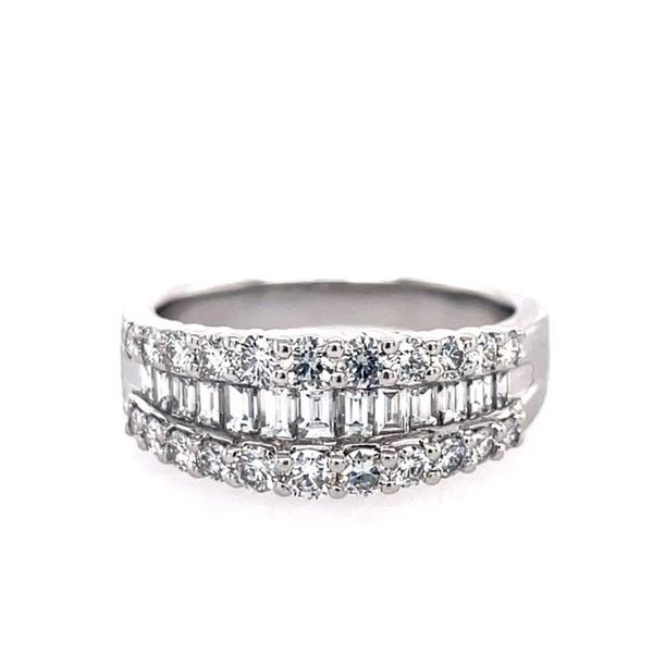 Lady's White 18 Karat Fashion Ring With 0.65Tw Round G Vs2 Diamonds And 0.52Tw Baguette G Vs2 Diamonds Swede's Jewelers East Windsor, CT