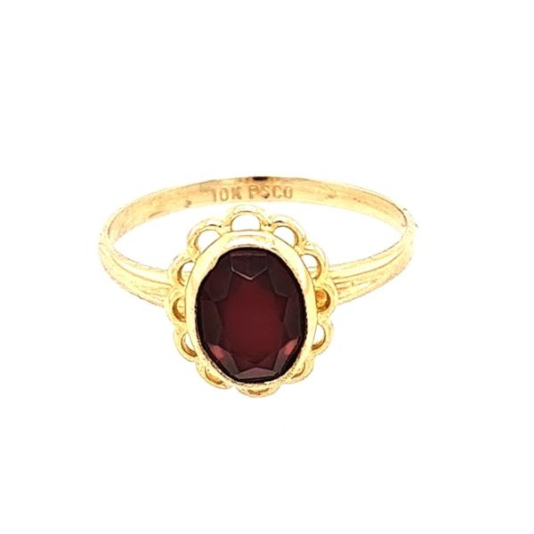 10K Yellow Gold Scalloped Edge With Synthetic Garnet size 5.25 Swede's Jewelers East Windsor, CT