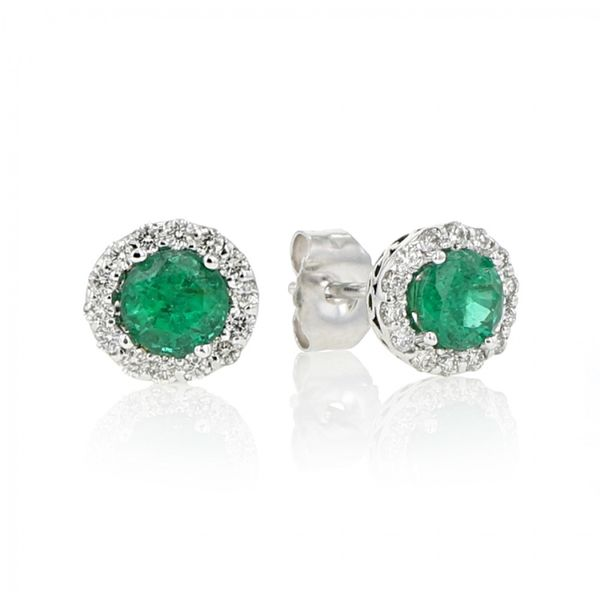 14K White Gold 4mm Round Emerald with .04tw Round Diamonds Stud Earrings Swede's Jewelers East Windsor, CT