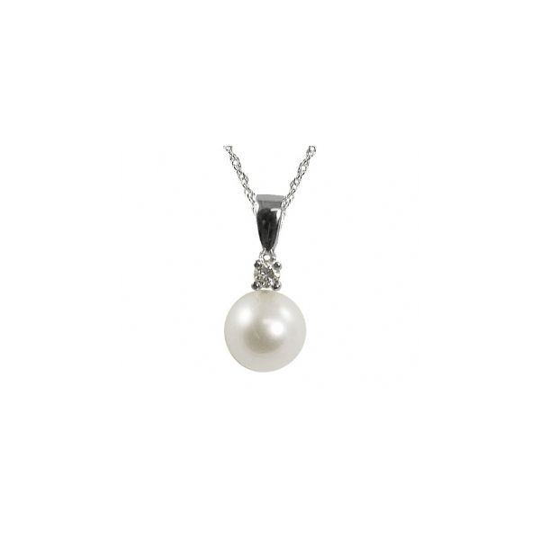 Pearl Pendant Swede's Jewelers East Windsor, CT